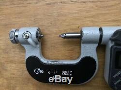 Mitutoyo 0-1 Thread Screw Digital Micrometer 326-351-10.00005Read description