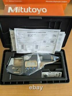 Mitutoyo 293-180-30 QuantuMike Digimatic Micrometer, 0-1/0-25mm Range. 00005