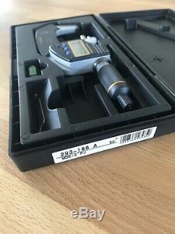 Mitutoyo 293-186 Quantumike IP65 1-2 Digital Micrometer