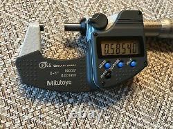 Mitutoyo 293-340-30 Digimatic Outside Micrometer, 0-1/0-25mm Range. 00005