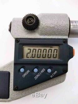 Mitutoyo Digital 1-2 inch micrometer. Proper working and clean