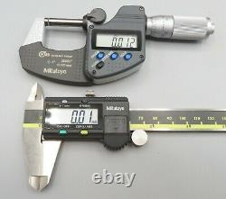 Mitutoyo Digital Caliper Absolute Digimatic + Coolant Proof Outside Micrometer