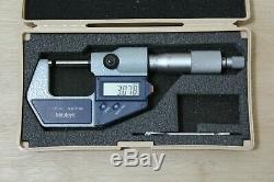 Mitutoyo Digital Outside Micrometer 0-25mm 0.01mm, 293-421-20, Near New, Japan