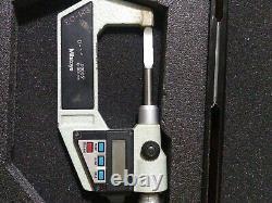 Mitutoyo Digital blade micrometer