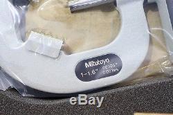 Mitutoyo V-Anvil 3 Flute LCD Digital Micrometer 1-1.6 0.0005 / 25-40mm 0.001mm