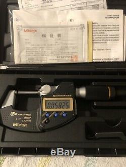 Mitutoyo digital micrometer 0-1 (293-180-30)